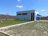 Промишлено помещение в голям парцел в град Севлиево