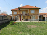 House With a Large Yard Set 12 km Away from Parvomay