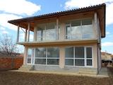 Новопостроена къща в центъра на гр. Балчик