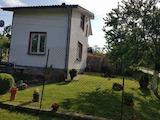 Двуетажна къща с двор, в село на 13 км от Габрово и Севлиево