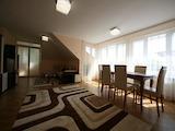 Слънчев панорамен апартамент до метростанция Джеймс Баучер