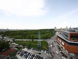 Панорамен пентхаус в престижен комплекс до метро и мол