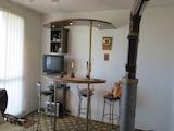 Тристаен апартамент в Гара Елин Пелин