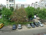 Слънчев тристаен апартамент в кв. Стрелбище