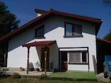 Масивна къща на 4 км от центъра на гр. Габрово