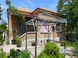 Китна къща между Стара Загора и Пловдив