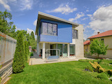 Луксозно обзаведена двуетажна къща в Малинова долина.
