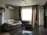 Луксозно обзаведен двустаен апартамент в кв. Банишора