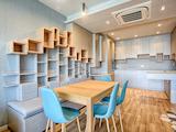 Тристаен луксозен апартамент под наем в Младоcт 1, до метростанция