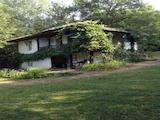 Възрожденска двуетажна къща само на 120 км от град София