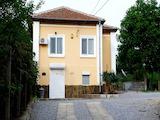 Напълно реновирана двуетажна къща в с.Гранитово