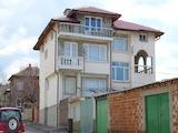 Голяма къща за продажба в Чирпан