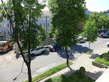 Просторен четиристаен апартамент в центъра на Бургас