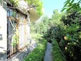 Двуетажна къща с озеленен двор, кв. Малинова долина