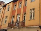 Обзаведен офис в санирана сграда до площад Славейков