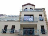 Тристаен апартамент в идеалния център на София