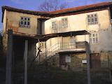 Триетажна  къща в село само на 20 км от Велико Търново