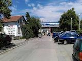 Самостоятелна сграда подходяща за склад, магазин, производствена дейност в кв. Изгрев