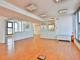 Комуникативен офис в бизнес район до Интер Експо Център