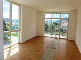 Панорамен слънчев апартамент до центъра и парка на Разлог