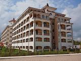 Двустаен апартамент на 1 линия в Царево