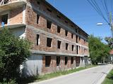 Новопостроен семеен хотел в  квартал на гр. Априлци