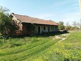 Eдноетажна  стопанска сграда в село на 17  км до град Ловеч