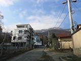 Къща с двор в кв. Бояна