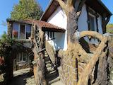 Реновирана двуетажна къща само на 24 км от Велико Търново
