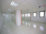 Офис в търговски и бизнес център до метро, кв. Младост 3