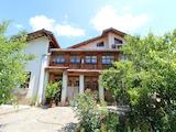 Голяма къща с механа на 6 км. от град  Велико Търново