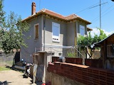 Семейна къща между Пловдив и Стара Загора