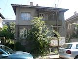 Етаж на двуетажна къща в удобен район на гр. Видин