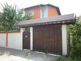 Nice 3-storey House in the Village of Popitsa