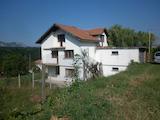 Nice three-storey rural house 8 km from Vratsa