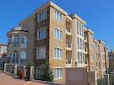 Стилен тристаен апартамент в гр. Черноморец