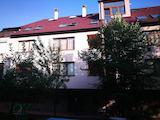Тристаен апартамент в спокойния кв. Карпузица