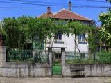 Двуетажна къща в СПА курорт