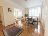 Аристократичен семеен дом с топ локация в идеалния център на София