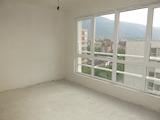 Двустаен апартамент с гледка към Витоша в оживения Студентски град