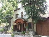 Реновирана двуетажна къща само  на 30 км от град Русе