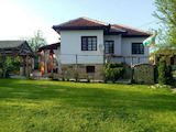 Реновирана двуетажна къща в Еленския Балкан