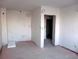 Двустаен апартамент до метростанция в кв. Люлин 8