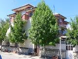 Голяма къща с търговско помещение до язовир Жребчево