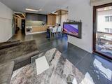 Изискан апартамент с гараж до България Мол