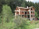 House With a Spacious Yard near the Ski Resort Borovets