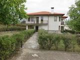 Отлична двуетажна къща с басейн и сауна на 19км от Чепеларе