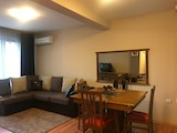 Обзаведен тристаен апартамент в кв. Кършияка