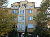 Тристаен апартамент с подземен гараж в кв. Павлово