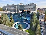 Офис площи от най-висок клас в бизнес сграда до метро, кв. Лозенец на цена 12 евро на кв.м. с включени отопление, климатизация, такса поддръжка и рецепция.